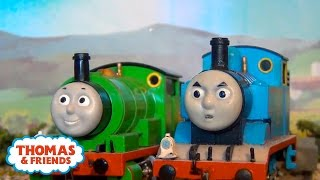getlinkyoutube.com-Thomas & Friends: The Hidden Treasure | Secrets of the Stolen Crown Episode #1