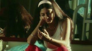 Deepa is overwhelmed by Naren - Nenjirukkumvarai