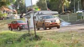 getlinkyoutube.com-2015 Nissan NP300 Navara VS  Ford Ranger Wildtrack 2015