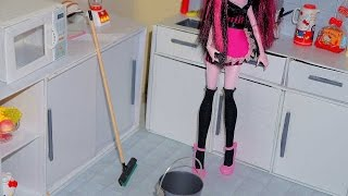 getlinkyoutube.com-How to make a squeegee and a dustpan for doll (Monster High, MLP, EAH, Barbie, etc)