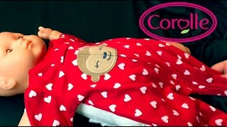 getlinkyoutube.com-Corolle 20 inch Baby Doll Details And Changing