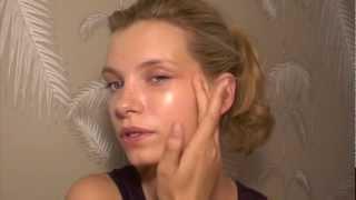 getlinkyoutube.com-Model Makeup Review: Laura Mercier Illuminating Tinted Moisturiser