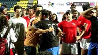getlinkyoutube.com-Charity Football Match With Aamir Khan and Salman Khan Part 3
