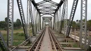 getlinkyoutube.com-India Bangladesh Border Railway Bridge on Ichhamati River near Bongaon, West Bengal