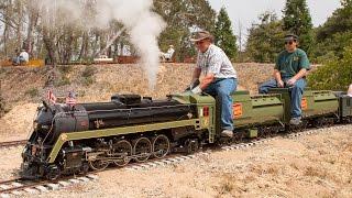 getlinkyoutube.com-Firing up and running the Canadian National #6060 4-8-2 live steam locomotive