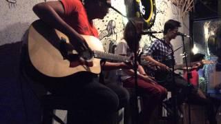 getlinkyoutube.com-Radioactive - Thỏ Trauma - Live Acoustic at Fang Pub