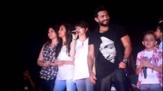 getlinkyoutube.com-The Voice Kids   تامر حسنى يقدم فريق  مارينا 2016