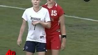 getlinkyoutube.com-Sepak bola Wanita ternyata Lebih SADIS ( by Kultenan )