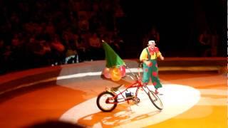 getlinkyoutube.com-Russian Circus - Clown in Izhevsk, Republic of Udmurtia