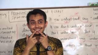 getlinkyoutube.com-Belajar Bahasa Inggris menyenangkan di Kampung Inggris Pare - Elfast Pare, Kediri, East Java