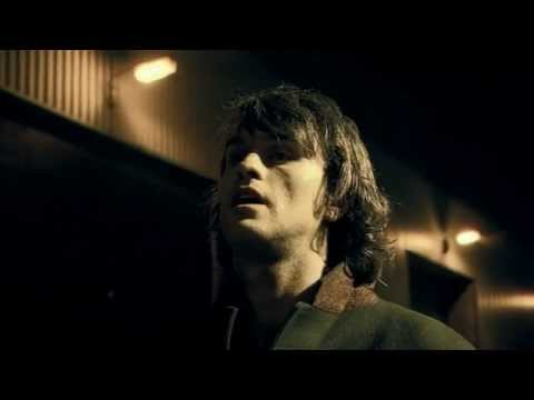 Heavy Weight Champion Of The World de Reverend And The Makers Letra y Video