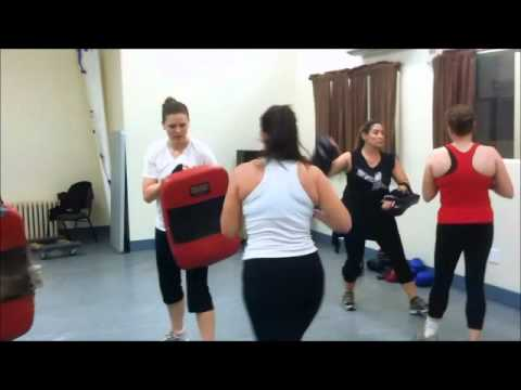 Indoor fitness fight camp muay thai kickboxing