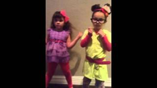 flushyoutube.com-EW! By Jimmy Fallon and Will.i.am cover little girls