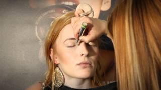 getlinkyoutube.com-The Body Shop Make-up: Vit feira, at skúlin er liðugur!