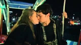 getlinkyoutube.com-Medcezir - Yaman and Mira's first kiss / Yaman ve Mira öpücük 9.bölüm