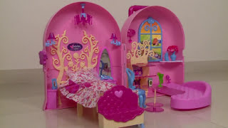 getlinkyoutube.com-Barbie Doll Bag | Carry A Home Kids Bag | Doll House | Toys Unboxing And Review | Kids Toys