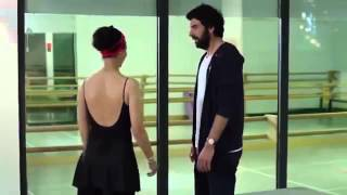 getlinkyoutube.com-Kara Para Aşk 10 Bölüm   Ömer ♥ Elif   مشهد رقصة اليف