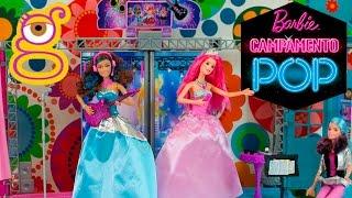 getlinkyoutube.com-Barbie Escenario Campamento Princesas - juguetes Barbie toys - Barbie Rock and Royals Stage