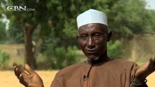 getlinkyoutube.com-Blind Muslim Man Opened His Eyes After Prayer - Bala