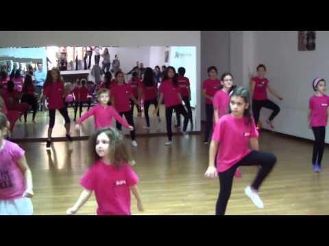Scoala de dans copii-LATINO TIME Clip 5