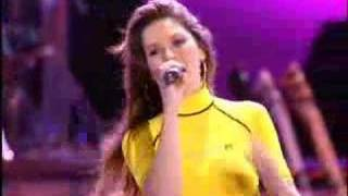 getlinkyoutube.com-Shania Twain - That Don't Impress Me Much (Live in Chicago - 2003)