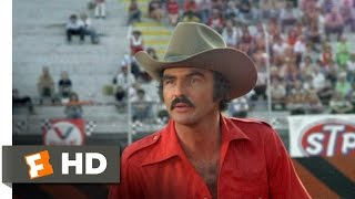 Smokey and the Bandit (9/10) Movie CLIP - The Snowman Is Comin' Through (1977) HD