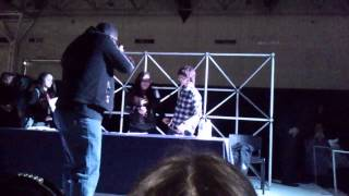 getlinkyoutube.com-chandler riggs en monterrey 28/02/15