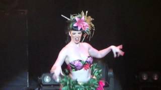 getlinkyoutube.com-Miss Burlesque Australia 2015 - Cello Bordello - Unique