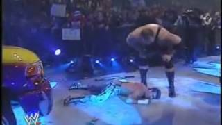 getlinkyoutube.com-Big Show almost kills Eddie Guerrero