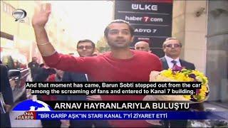 getlinkyoutube.com-Bir Garip Aşk dizisinin başaktörü Barun Sobti (Arnav) - Kanal 7 Ana Haber bülteninde (Eng. Sub)