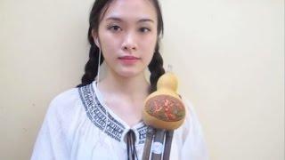 getlinkyoutube.com-[Sáo bầu] Ánh trăng bên hồ sen - 河塘月色 (葫芦丝)
