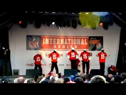 NFL 49 ers drumline and dance crew Flawless at Trafalgar fan rally 2010