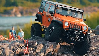 getlinkyoutube.com-Axial SCX10 Jeep(Rampage Recovery Bumper)Rock Crawling_#10
