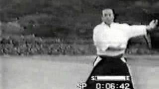 getlinkyoutube.com-Koichi Tohei - ki aikido 1/5 Fundamental Concept Principle