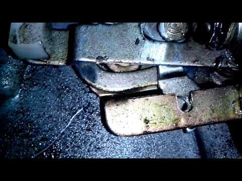 УАЗ Патриот - механизм замка двери изнутри
