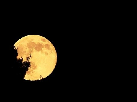 Super moon timelapse with my Canon 60D