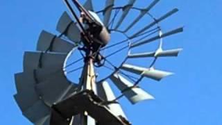 getlinkyoutube.com-1935 Aermotor Windmill in Action
