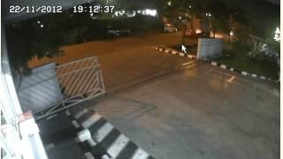 getlinkyoutube.com-Ketika Ajal Menjemput hanya beberapa meter untuk masuk kerja pabrik