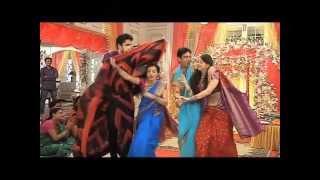 getlinkyoutube.com-indian tv navel shamelessnes