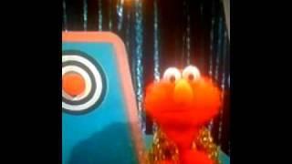 getlinkyoutube.com-Sesame Street Elmo's Sing Along Guessing Game Part 1