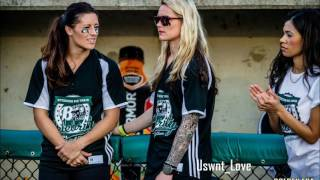 getlinkyoutube.com-Ashlyn Harris and Ali Krieger- This town