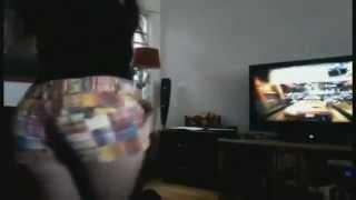 getlinkyoutube.com-Vieja culona jugando Xbox 360 *-*