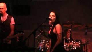 getlinkyoutube.com-Beth Hart - Get Up Stand Up (WOW!!!) - Jimmis 1-9-11