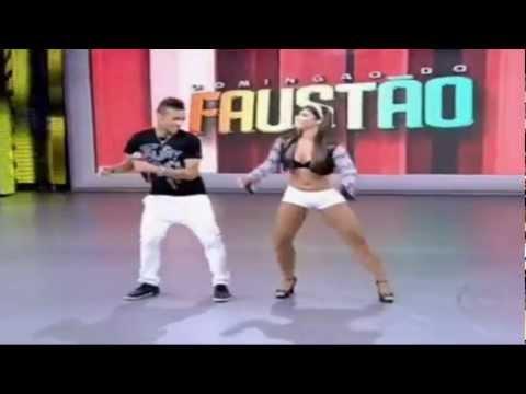 Neymar & Cr7 Dancing Ai Se Eu Te Pego Dance NEW 2012