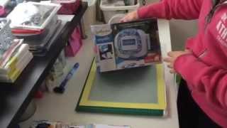 getlinkyoutube.com-Spellbinders Sapphire Die cutting machine Unboxing