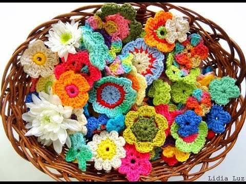 Crochet fruits and flowers