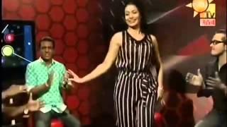 getlinkyoutube.com-Raja Malige Paraviya Wage Live With Himali's Dance