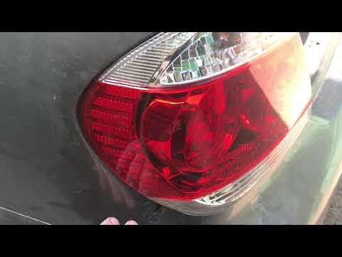 Замена заднего левого фонаря в Тойота Камри XV30 (ACV30L)
