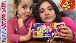 getlinkyoutube.com-Jelly Belly con Abrelo Toys! Bean Boozled Jelly Beans