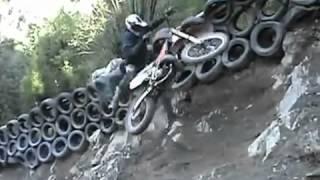 getlinkyoutube.com-Acidentes de moto incríveis e engraçados 2013 - SUBIDÃO IMPOSSÍVEL (Hill Climb)